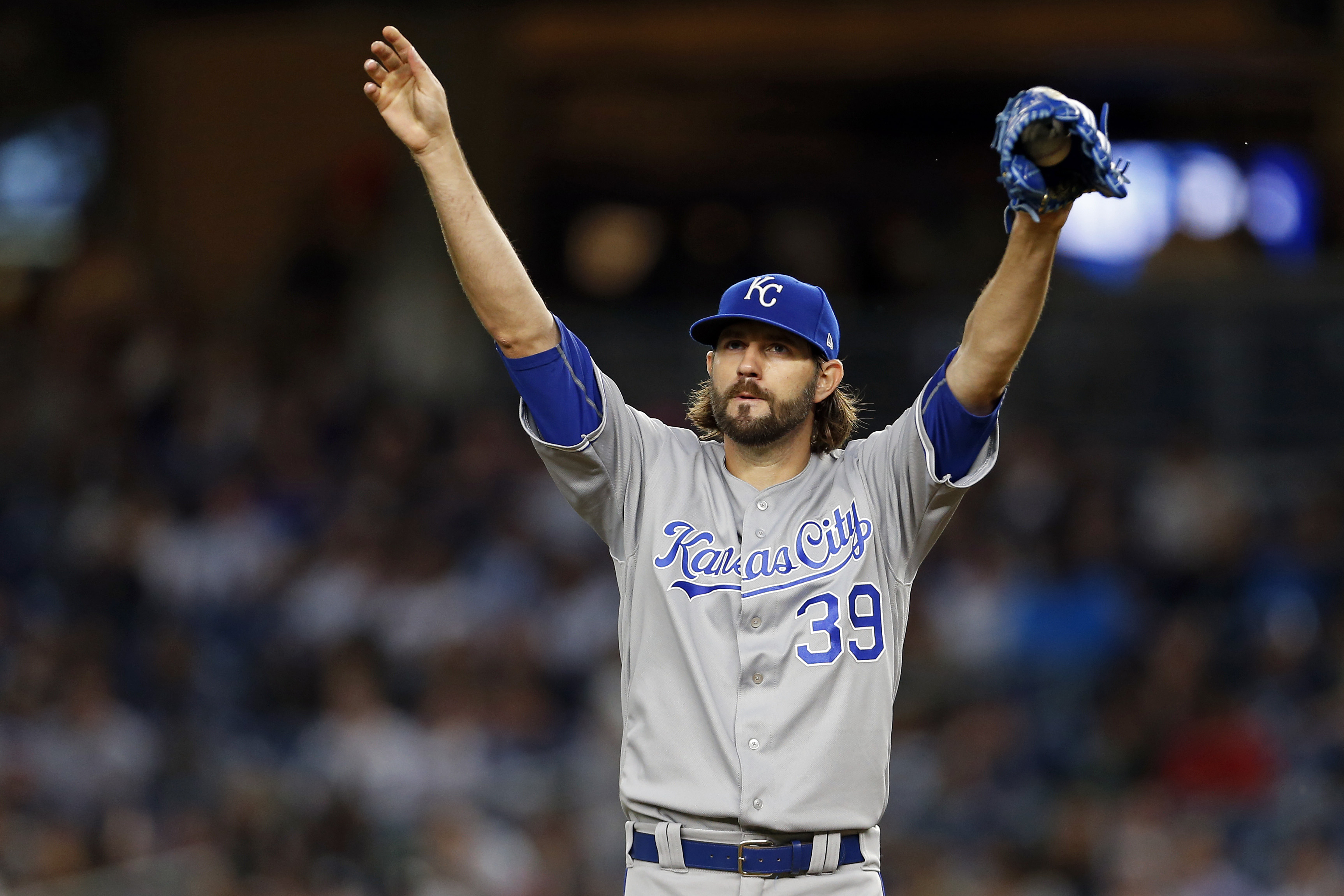 """Vargas pitches Royals past Astros 7-5"""""""