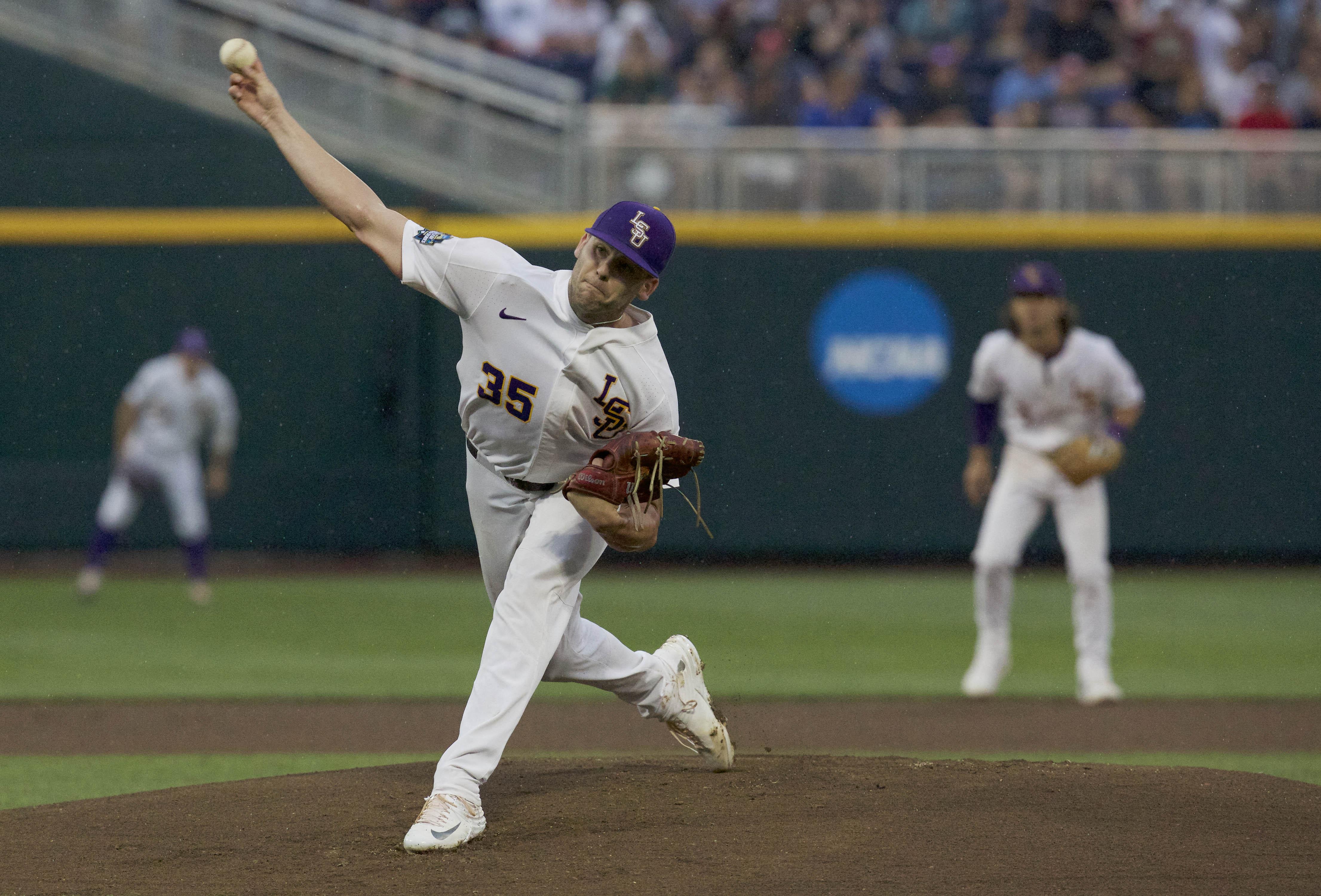 10117744-ncaa-baseball-college-world-series-florida-state-vs-lsu