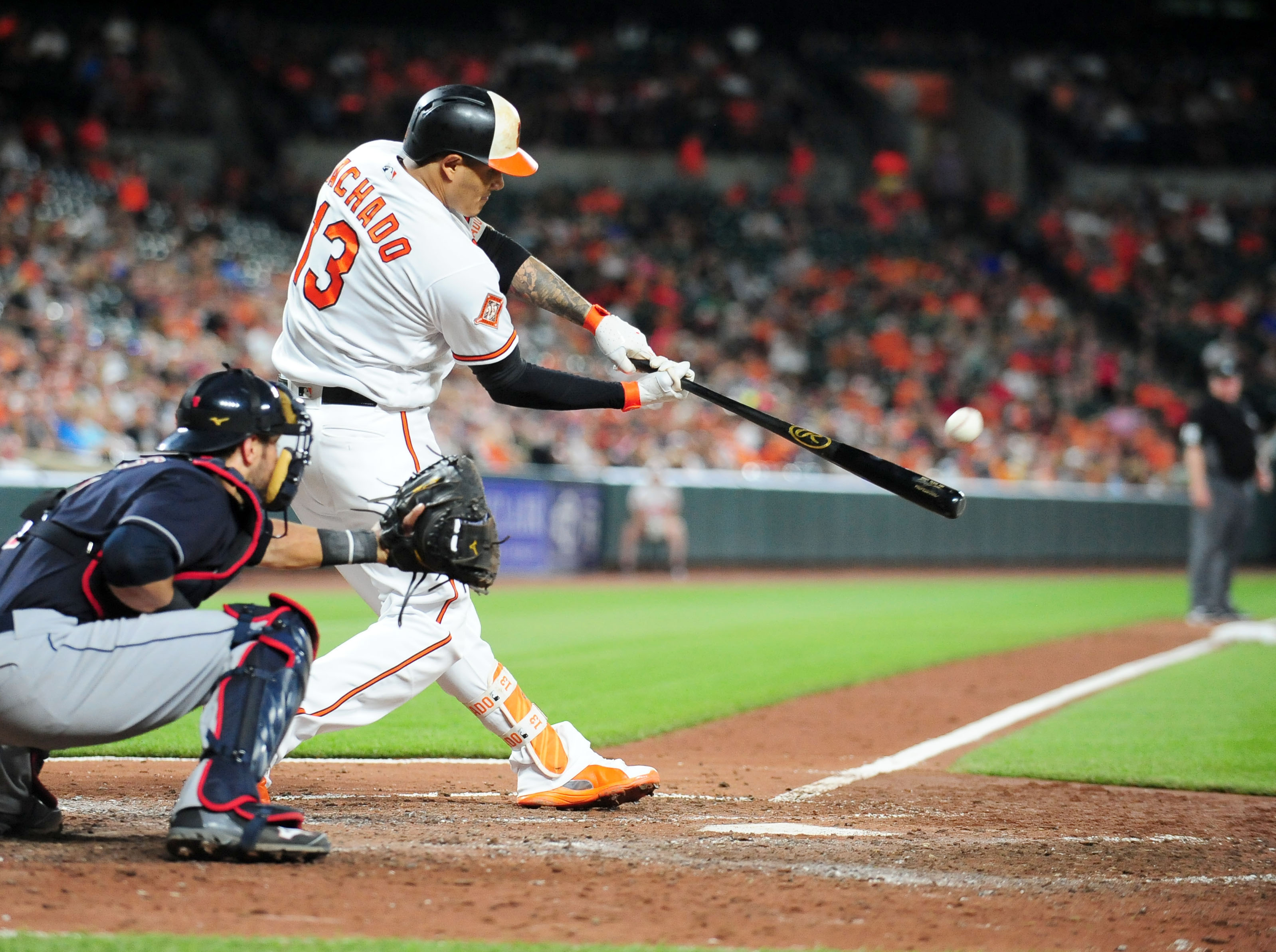 10123220-mlb-cleveland-indians-at-baltimore-orioles