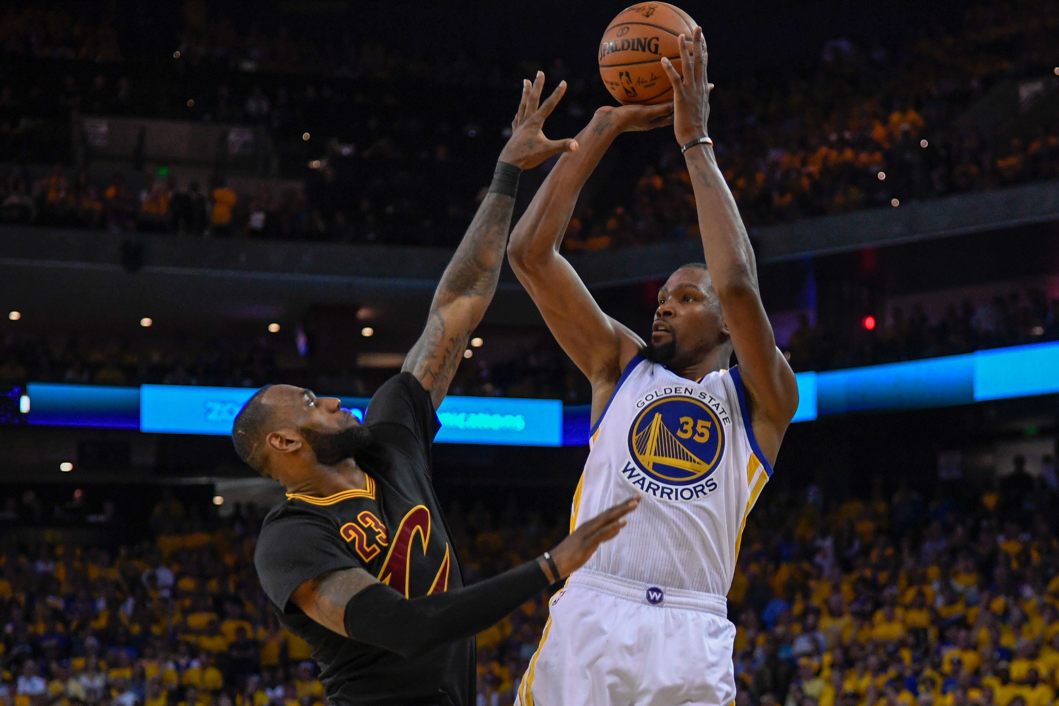 10123616-nba-finals-cleveland-cavaliers-at-golden-state-warriors