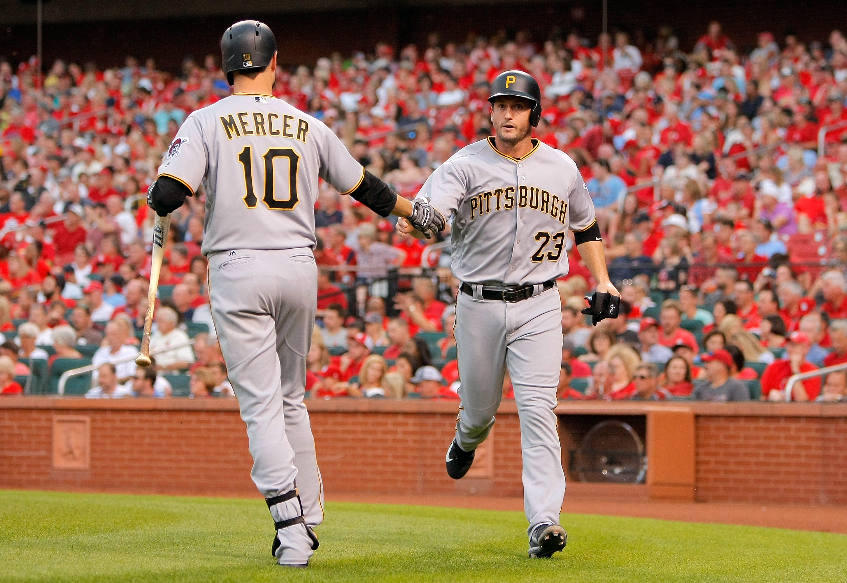 10127809-mlb-pittsburgh-pirates-at-st.-louis-cardinals