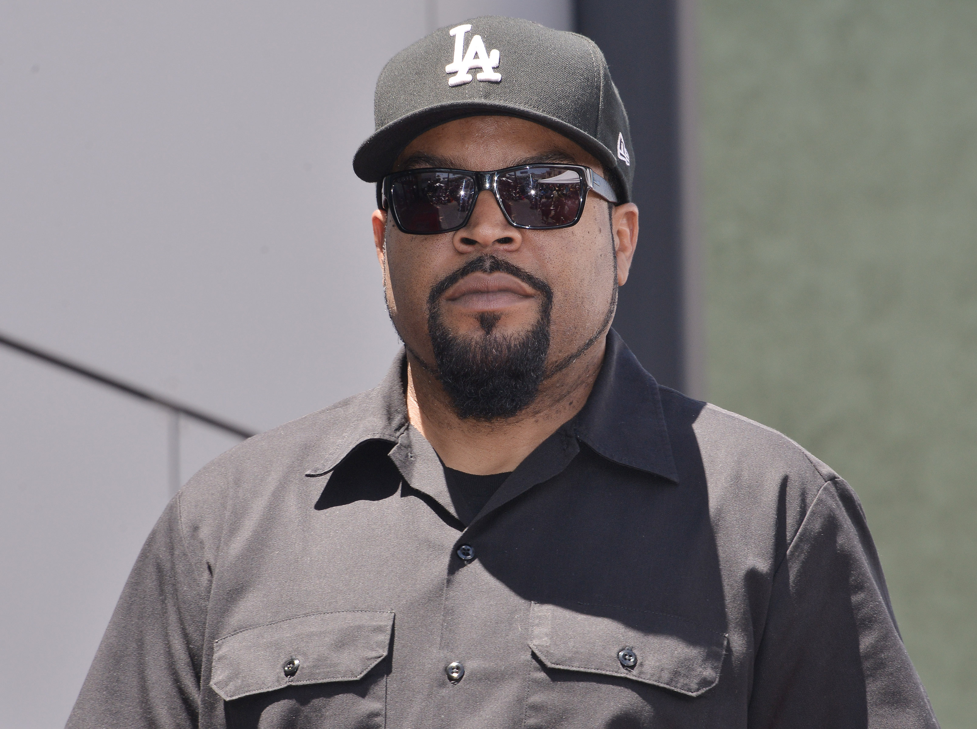 20447280-ca-ice-cube-honored-with-star-on-the-hollywood-walk-of-fame-ceremony