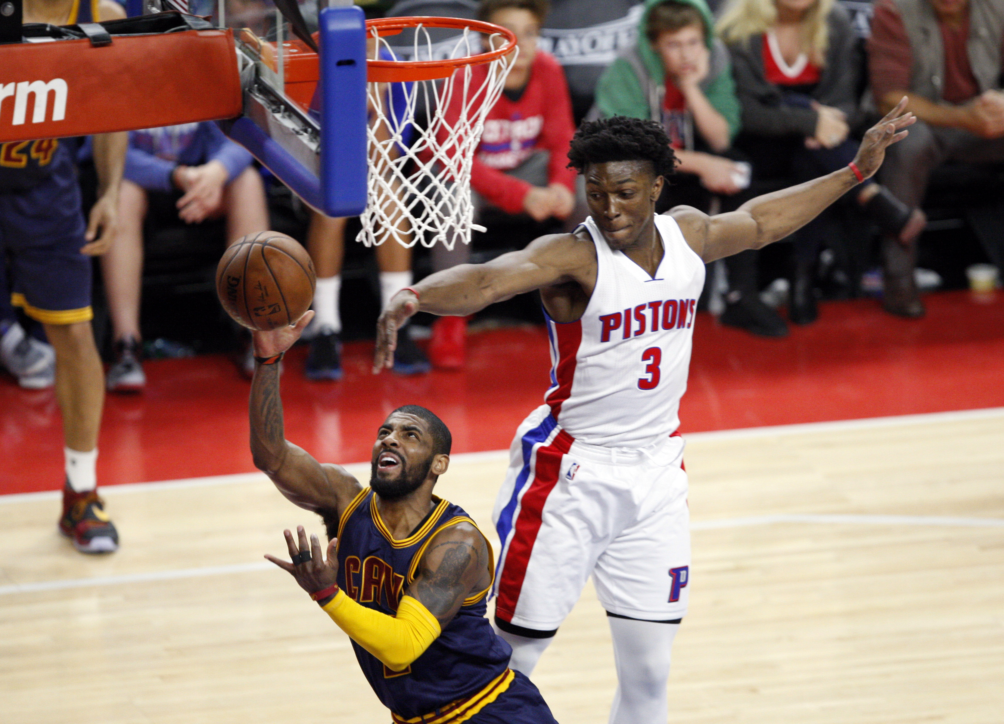 9268224-nba-playoffs-cleveland-cavaliers-at-detroit-pistons