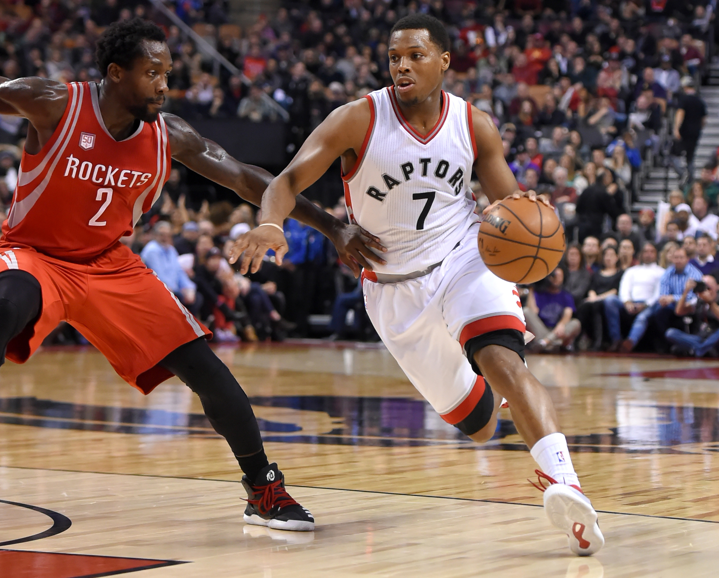9798977-nba-houston-rockets-at-toronto-raptors
