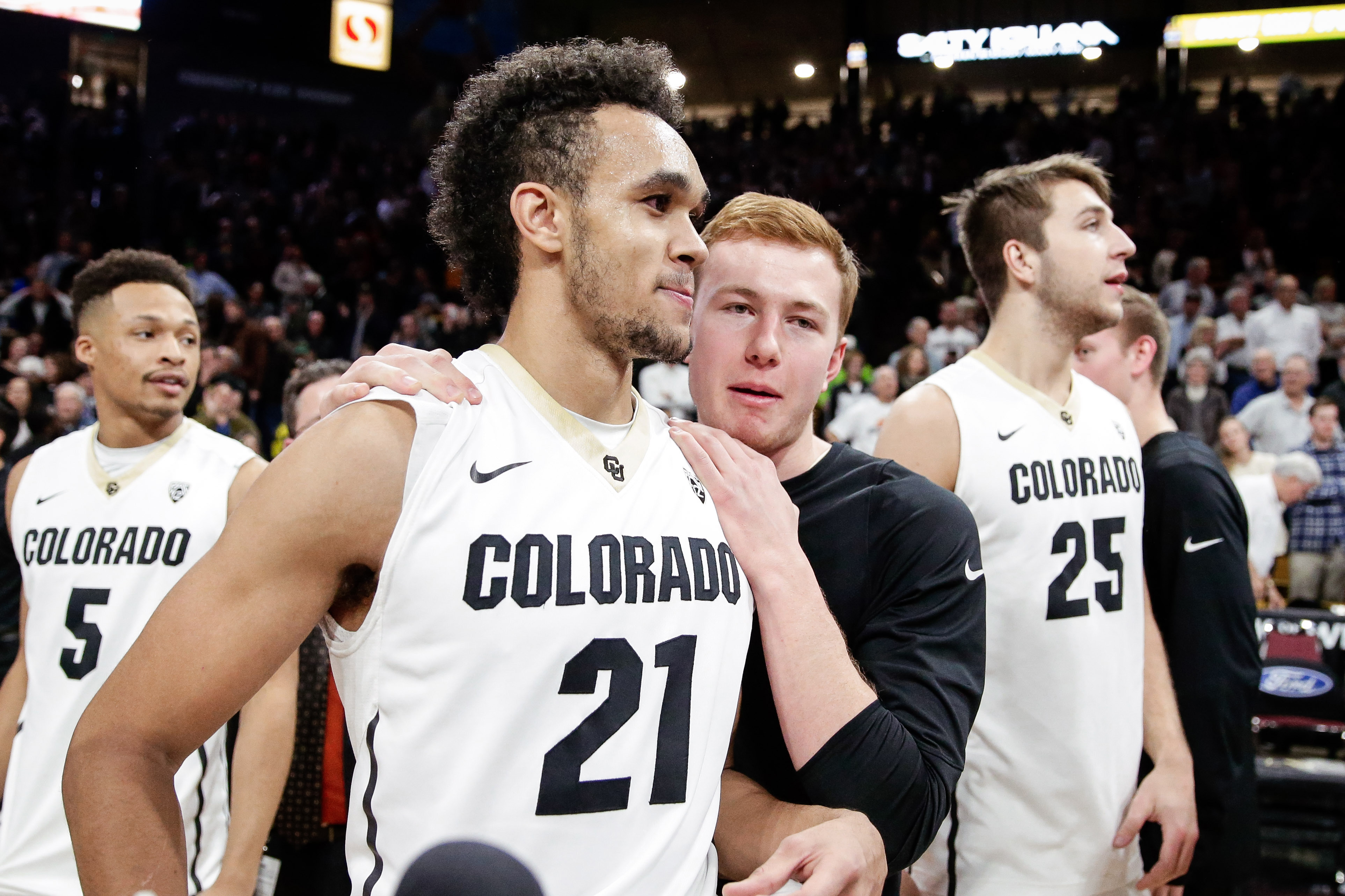 9845480-ncaa-basketball-oregon-at-colorado